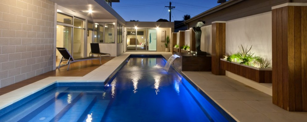 Donehues Leisure Hamilton and Mt Gambier Installing Fastlane fibreglass lap pools with water features